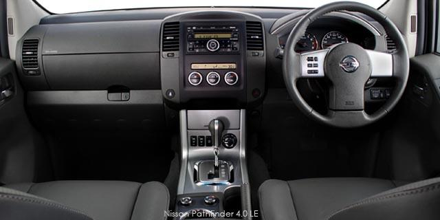 Nissan Pathfinder 3.0dCi V6 LE