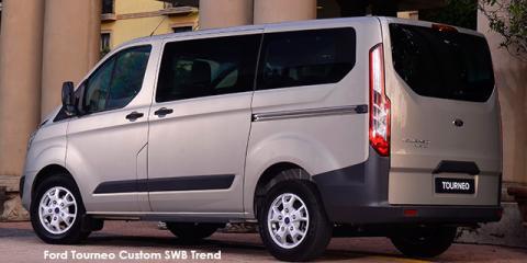Ford Tourneo Custom 2.2TDCi LWB Trend - Image credit: © 2018 duoporta. Generic Image shown.