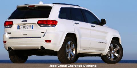 Jeep Grand Cherokee 5.7L Overland - Image credit: © 2019 duoporta. Generic Image shown.