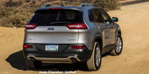 Jeep Cherokee 2.4L Longitude - Image credit: © 2019 duoporta. Generic Image shown.