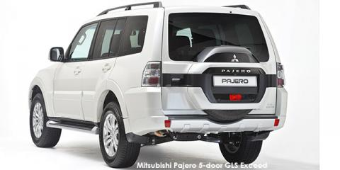 Mitsubishi Pajero 5-door 3.2DI-D GLS Exceed - Image credit: © 2018 duoporta. Generic Image shown.