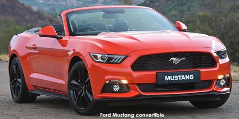 Ford Mustang 2.3T convertible auto - Image credit: © 2018 duoporta. Generic Image shown.