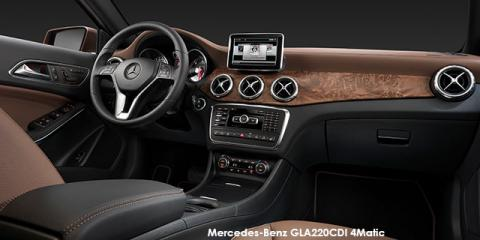 Mercedes-Benz GLA220d 4Matic Style