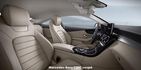 Mercedes-Benz C300 coupe
