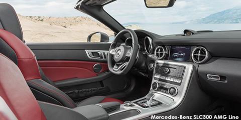Mercedes-Benz SLC300 AMG Line