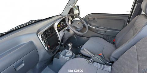 Kia K2500 tipper - Image credit: © 2019 duoporta. Generic Image shown.