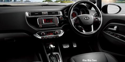Kia Rio sedan 1.4 auto - Image credit: © 2018 duoporta. Generic Image shown.