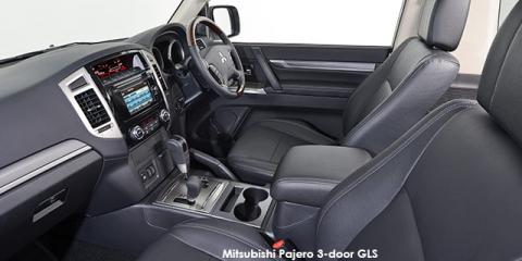 Mitsubishi Pajero 3-door 3.2DI-D GLS Legend II