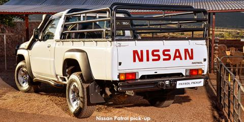 Nissan Patrol 3.0TD pick-up - Image credit: © 2018 duoporta. Generic Image shown.