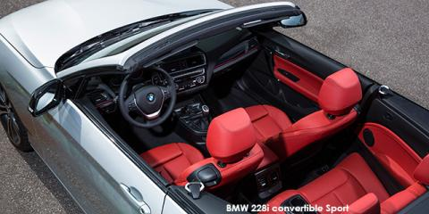 BMW 230i convertible Sport auto