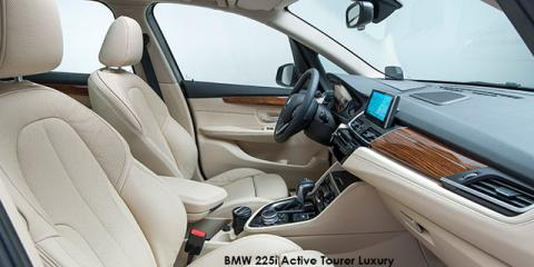 BMW 220d Active Tourer Luxury sports-auto