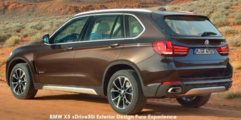 BMW X5 xDrive40d Exterior Design Pure Experience - Image credit: © 2018 duoporta. Generic Image shown.