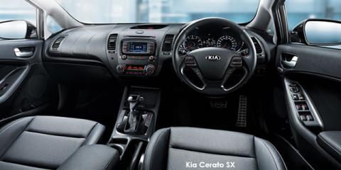 Kia Cerato hatch 1.6 EX auto - Image credit: © 2018 duoporta. Generic Image shown.