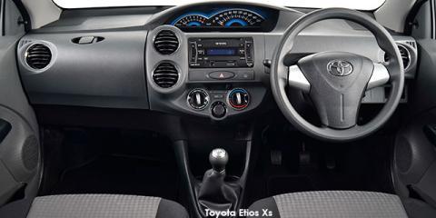 Toyota Etios sedan 1.5 Xi