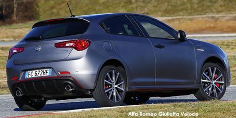 Alfa Romeo Giulietta 1750TBi Veloce - Image credit: © 2018 duoporta. Generic Image shown.