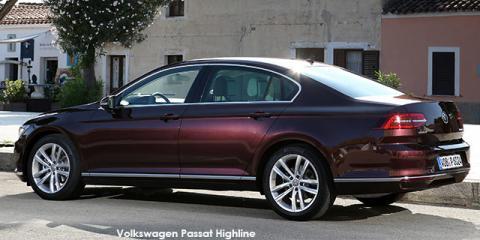 Volkswagen Passat 1.4TSI Luxury - Image credit: © 2018 duoporta. Generic Image shown.