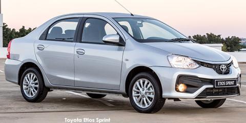 Toyota Etios sedan 1.5 Sprint