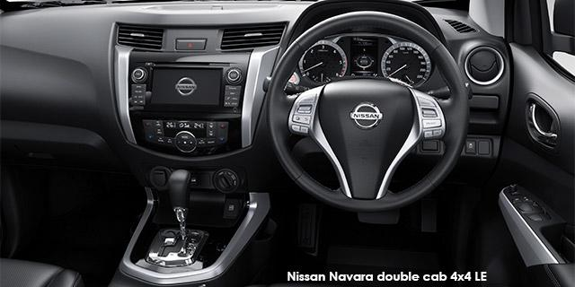 Nissan Navara 2.3D 4X4 LE AT + leather seats