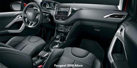 Peugeot 2008 1.2T Allure auto - Image credit: © 2018 duoporta. Generic Image shown.