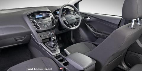 Ford Focus sedan 1.0T Trend - Image credit: © 2018 duoporta. Generic Image shown.
