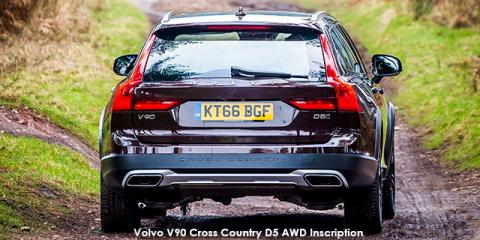 Volvo V90 Cross Country D4 AWD Inscription - Image credit: © 2018 duoporta. Generic Image shown.