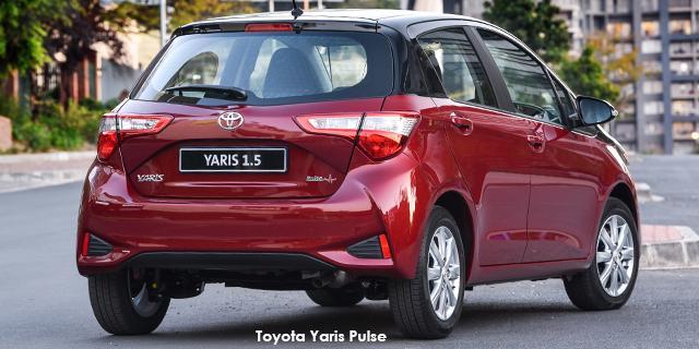 Passenger Yaris 1.5 Pulse CVT Plus