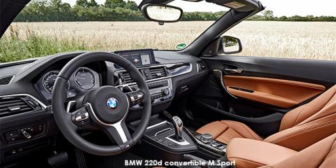 BMW 220i convertible M Sport sports-auto - Image credit: © 2018 duoporta. Generic Image shown.