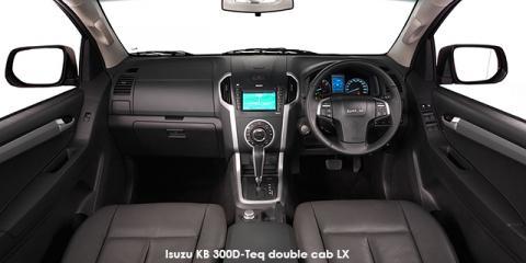 Isuzu KB 300D-Teq double cab LX auto - Image credit: © 2018 duoporta. Generic Image shown.