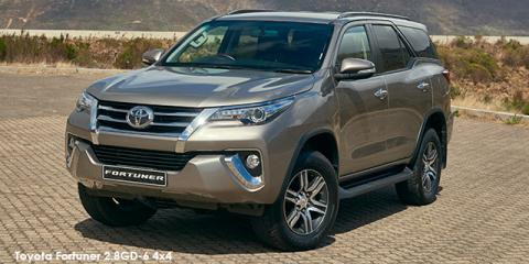 Toyota Fortuner 2.4GD-6 auto - Image credit: © 2018 duoporta. Generic Image shown.