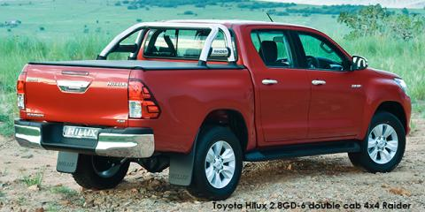 Toyota Hilux 4.0 V6 double cab 4x4 Raider - Image credit: © 2018 duoporta. Generic Image shown.