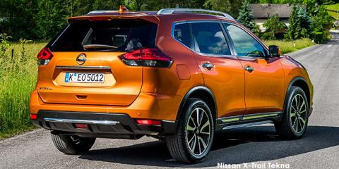 Nissan X-Trail 2.5 4x4 Acenta - Image credit: © 2018 duoporta. Generic Image shown.