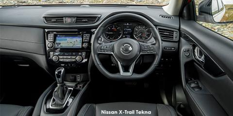 Nissan X-Trail 2.5 4x4 Acenta+ - Image credit: © 2018 duoporta. Generic Image shown.