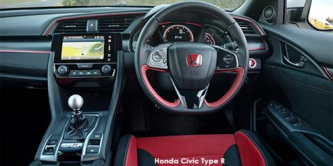 Honda Civic Type R - Image credit: © 2019 duoporta. Generic Image shown.