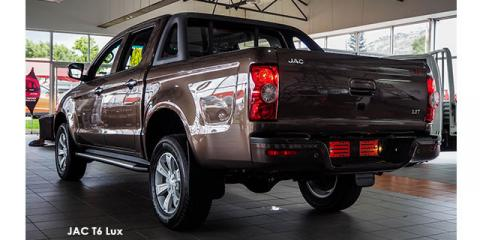 JAC T6 2.8T double cab Lux - Image credit: © 2020 duoporta. Generic Image shown.