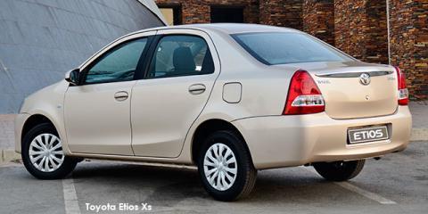 Toyota Etios sedan 1.5 Xi - Image credit: © 2018 duoporta. Generic Image shown.