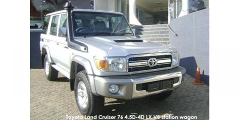 Toyota Land Cruiser 76 4.5D-4D LX V8 station wagon - Image credit: © 2021 duoporta. Generic Image shown.