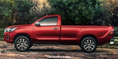 Toyota Hilux 2.8GD-6 Raider - Image credit: © 2019 duoporta. Generic Image shown.