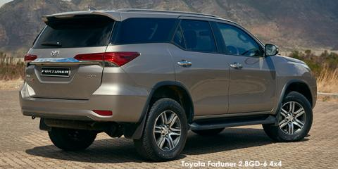 Toyota Fortuner 2.4GD-6 auto - Image credit: © 2019 duoporta. Generic Image shown.