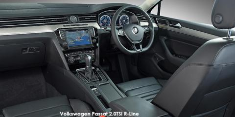 Volkswagen Passat 2.0TDI Luxury R-Line - Image credit: © 2018 duoporta. Generic Image shown.