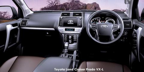 Toyota Land Cruiser Prado 4.0 VX-L - Image credit: © 2019 duoporta. Generic Image shown.