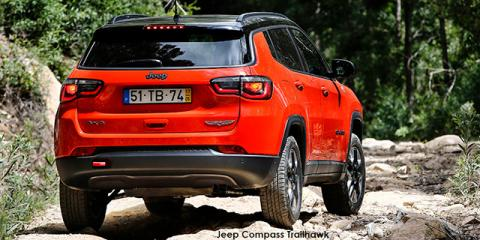 Jeep Compass 2.4 4x4 Trailhawk - Image credit: © 2021 duoporta. Generic Image shown.