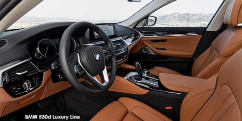 BMW 540i Sport Line - Image credit: © 2019 duoporta. Generic Image shown.