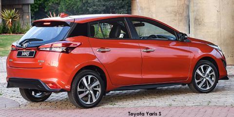 Toyota Yaris 1.5 S - Image credit: © 2020 duoporta. Generic Image shown.