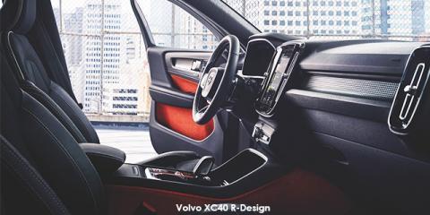 Volvo XC40 T5 AWD R-Design - Image credit: © 2019 duoporta. Generic Image shown.