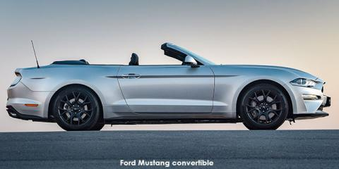 Ford Mustang 2.3T convertible - Image credit: © 2020 duoporta. Generic Image shown.