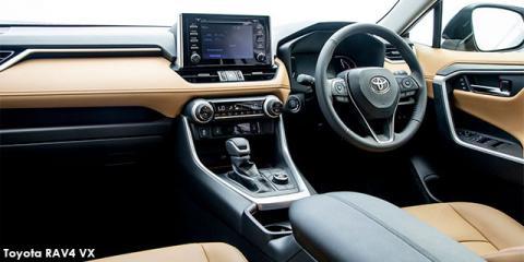 Toyota RAV4 2.5 AWD VX - Image credit: © 2021 duoporta. Generic Image shown.