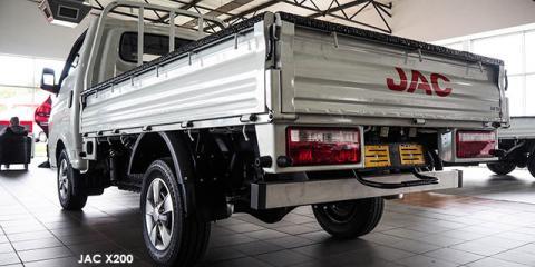 JAC X200 2.8TDi 1.5-ton tipper - Image credit: © 2021 duoporta. Generic Image shown.