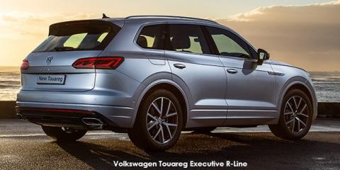 Volkswagen Touareg V6 TDI Luxury R-Line - Image credit: © 2020 duoporta. Generic Image shown.