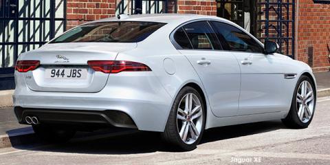 Jaguar XE P250 SE - Image credit: © 2021 duoporta. Generic Image shown.