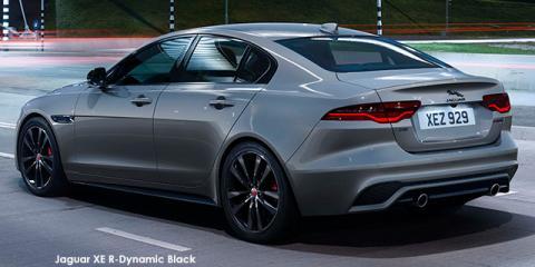 Jaguar XE P250 R-Dynamic Black - Image credit: © 2021 duoporta. Generic Image shown.